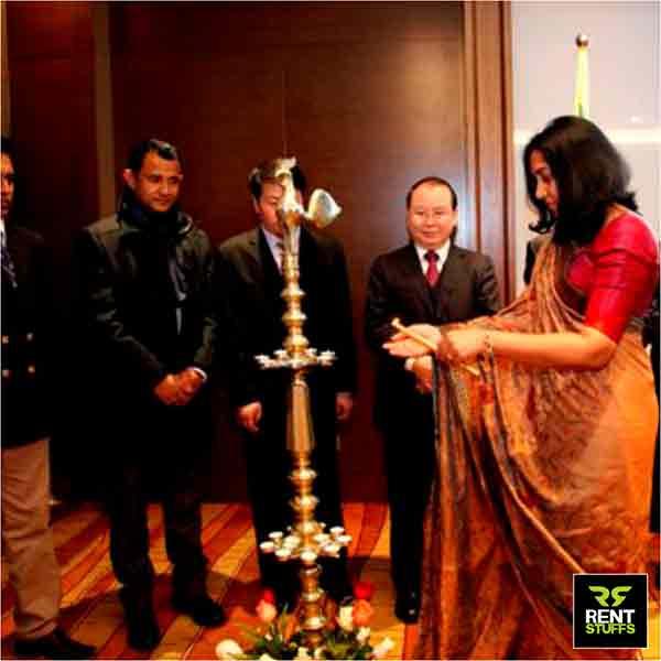 Oil Lamp Kukula Pahana for Rent in Sri Lanka